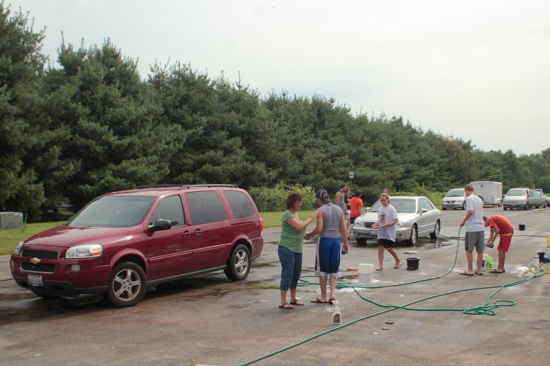 FCC Car Wash 2010 IMG 020.JPG