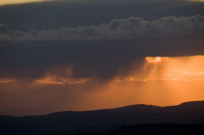 Sunset thru Virga  1st Impression 29 Sept 09