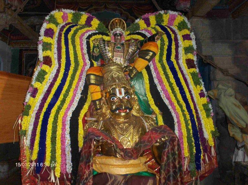 DeivapPul Yeri Varuvaan- Thanserai Perumal Garuda sevai-4th Day Night.jpg