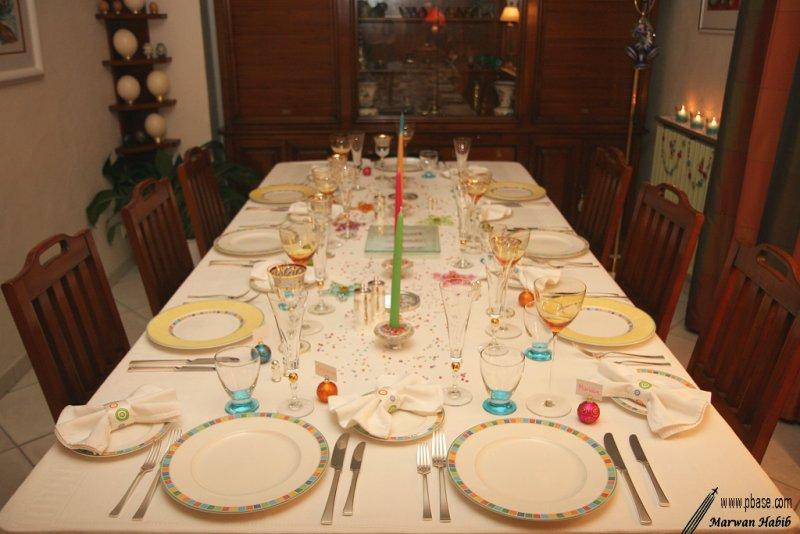 Multicolored table / Table multicolore