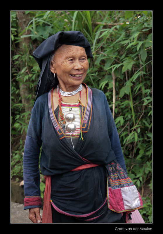 7366 Mai Chau, lady in regional costume