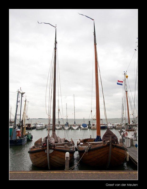 3963 Volendam harbour