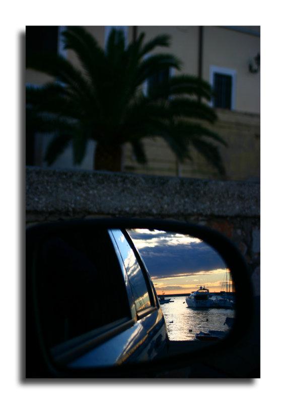 specchio sul mare web.jpg