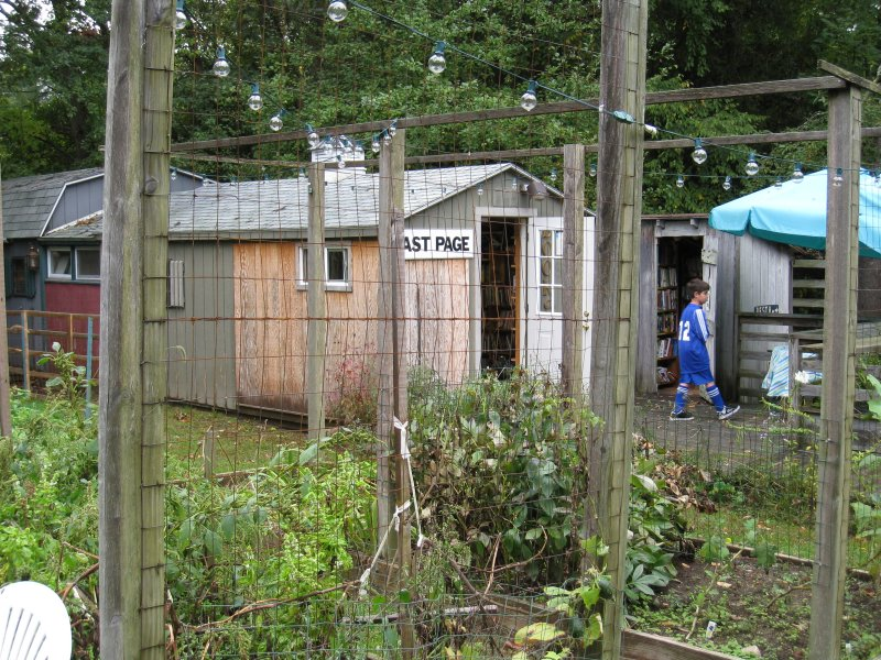 The Book Barn - Niantic, Conn.
