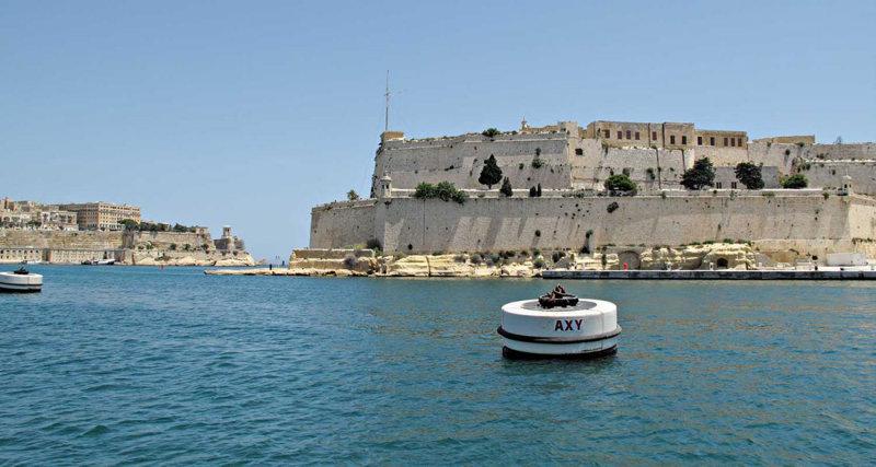 G10_0075A.jpg Fort Saint Angelo, Siege Bell & Lower Barrakka Gardens - Fort Saint Angelo - Vitoriosa - © A Santillo 2009