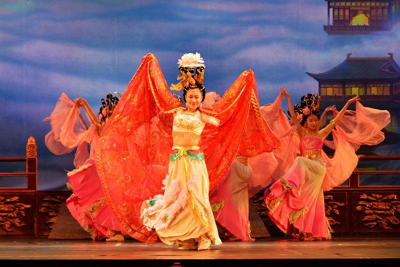 Chinese_Classical_Dance_10.jpg