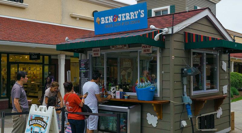 BUBBLES AT BEN & JERRYS