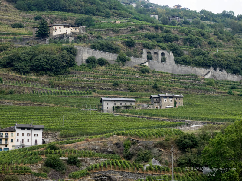 20160910_021347 The Great Wall Of... Eh, Its Just A Nice Wall Is All (Sat 10 Sep, 11:53)