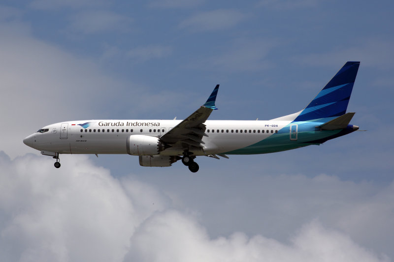 GARUDA INDONESIA BOEING 737 8 MAX SIN RF 5K5A8106.jpg