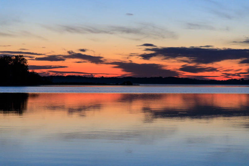 Sky before sunrise over the Bay of Quinte 2017 October 22nd