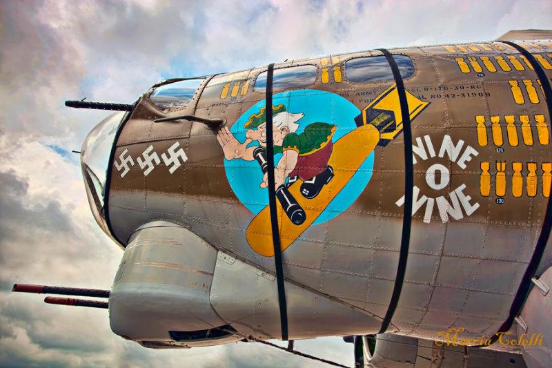 B-17-BOMBER_6409.jpg