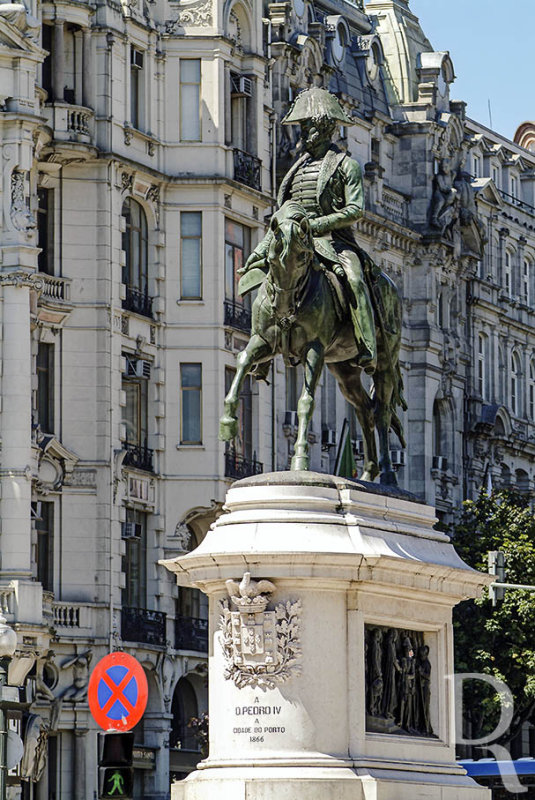 Estátua Equestre de D. Pedro IV (Imóvel de Interesse Público)