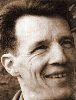 Dominique, le père, ici en 1957, année de naissance du dernier enfant de la famille, Odile.