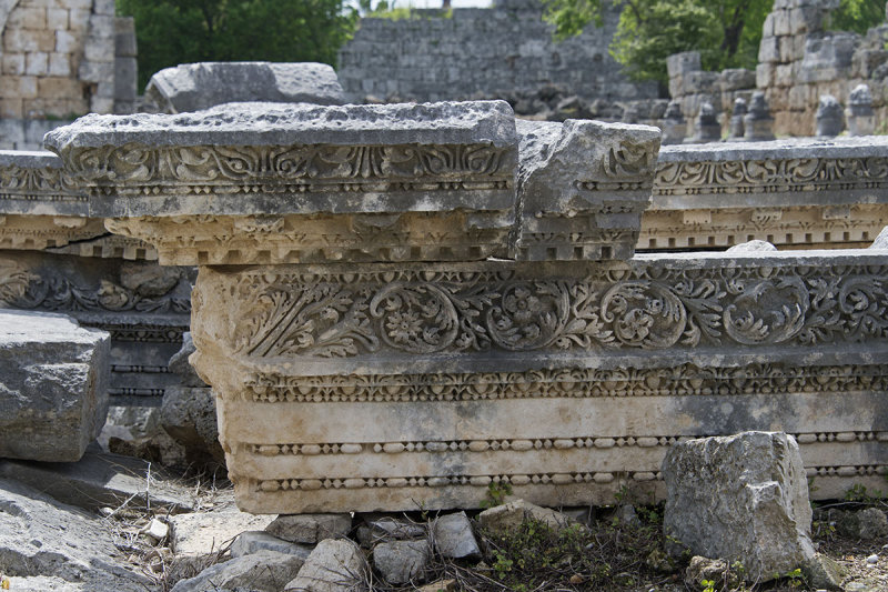 Perge Parts of Fountain march 2018 5961.jpg