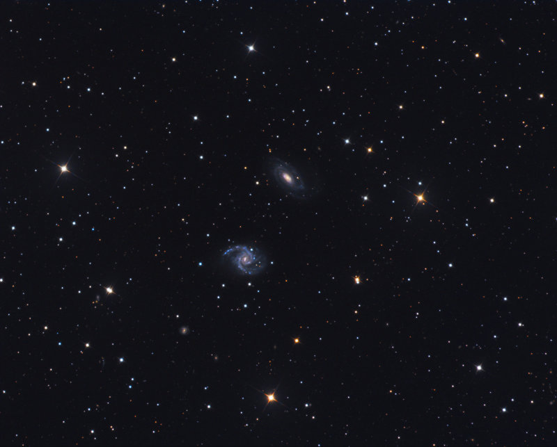 NGC 7125 / 7126 in Indus