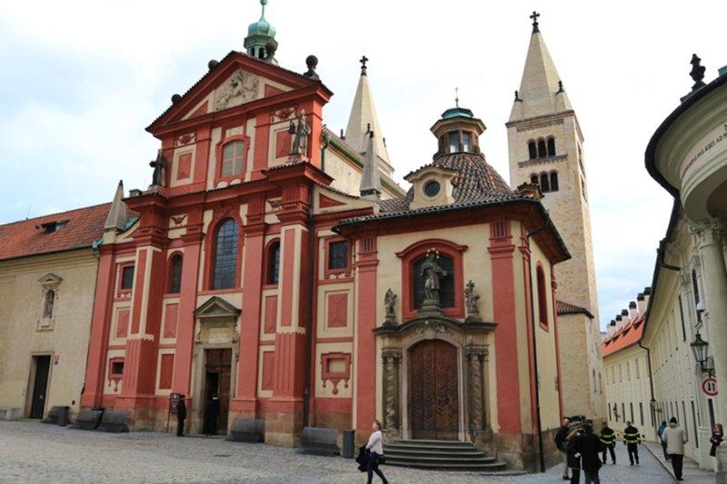 Prague Castle - St Georges Basilica (Bazilika sv. Jiří)