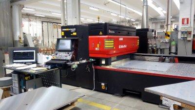 Taglio laser su acciaio inox e altri metalli morbegno for Scatolati in acciaio inox