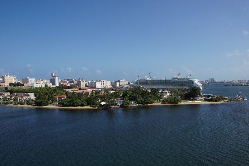 U.S. Coast Guard station San Juan and cruise ship