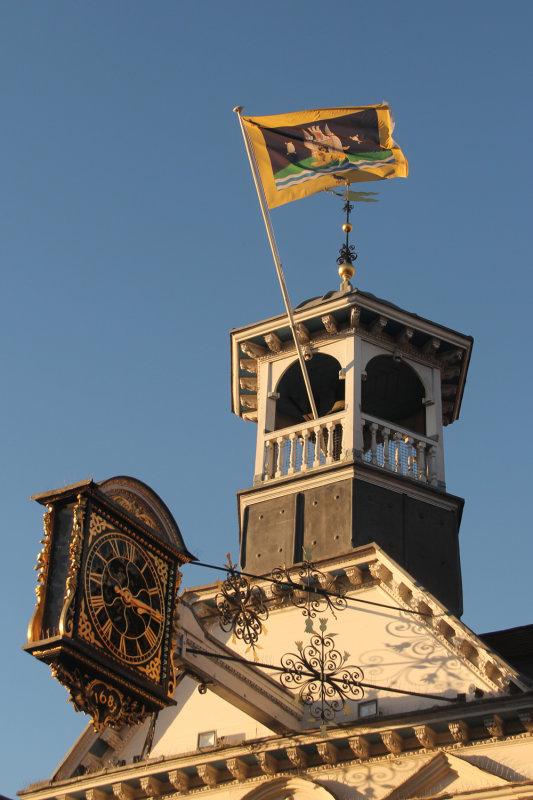 5:365<br> Flag for Guildford