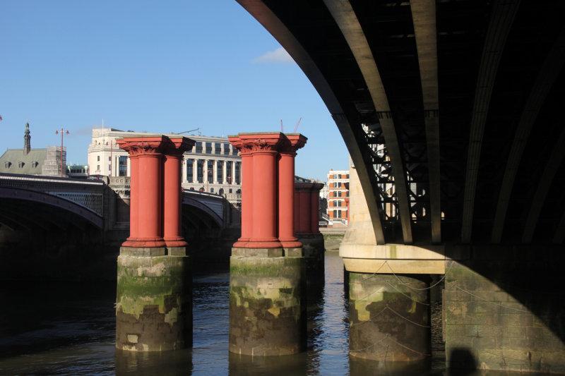 37:365<br>old bridge columns