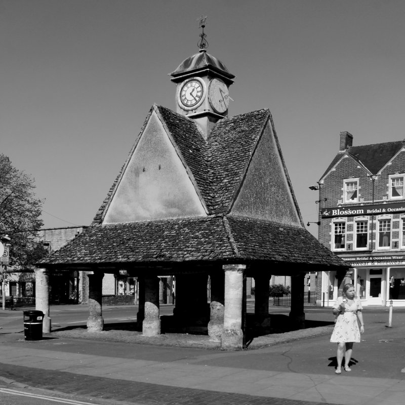 126:365<br>Buttercross at Witney
