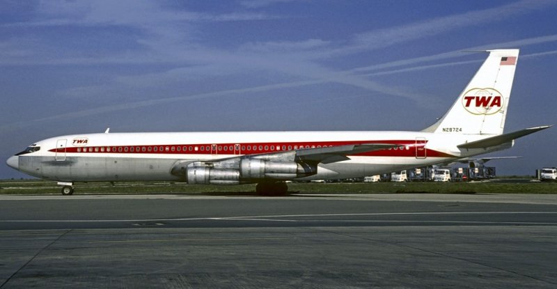 TWA Boeing B-707