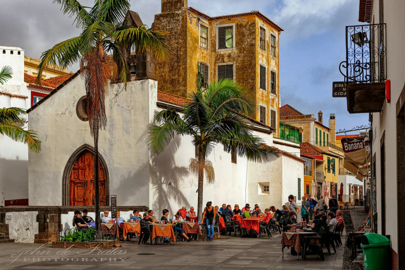 2018 - Rua Portão de São Tiago, Zona Velha - Funchal, Madeira - Portugal