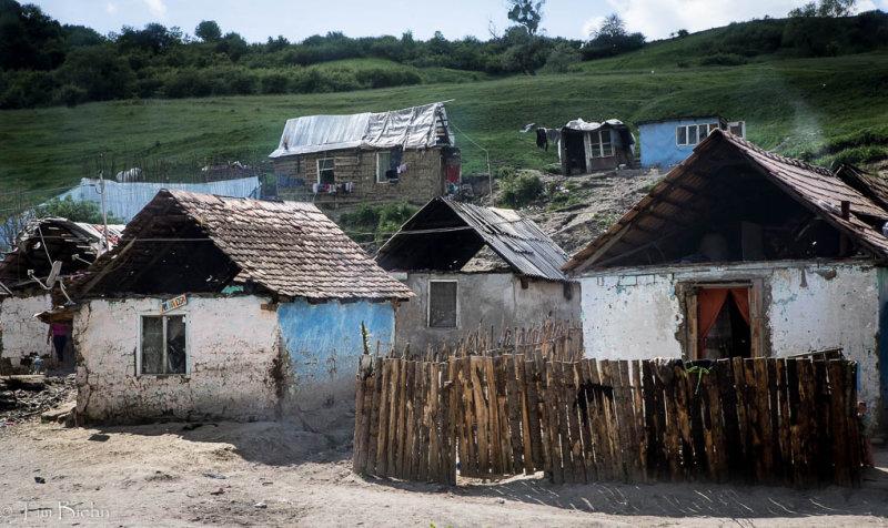 Albesti Roma Village