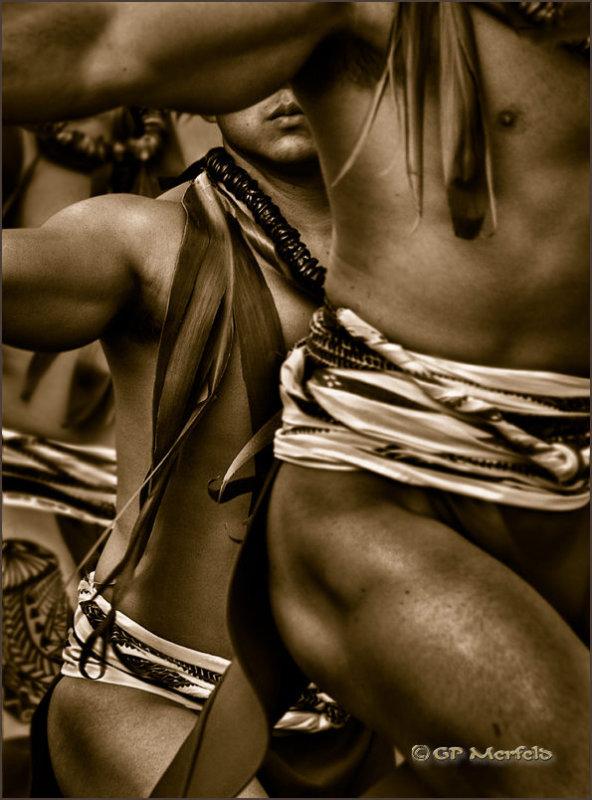 Hula Kane:  Dance Lines