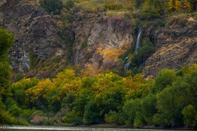 Autumn touches the Snake River Canyon, Twin Falls, Idaho, 2018