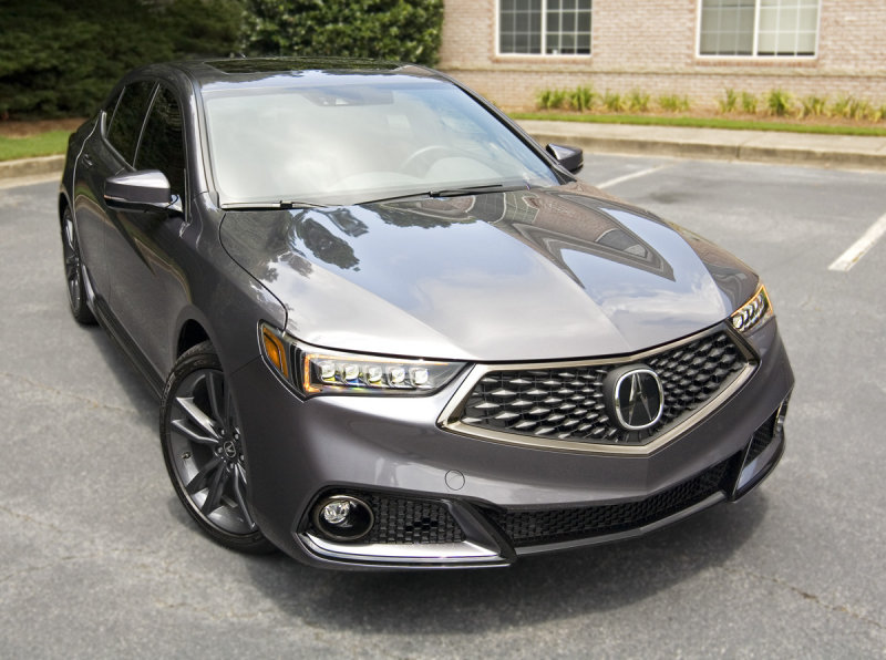 19 TLX Front Right.jpg