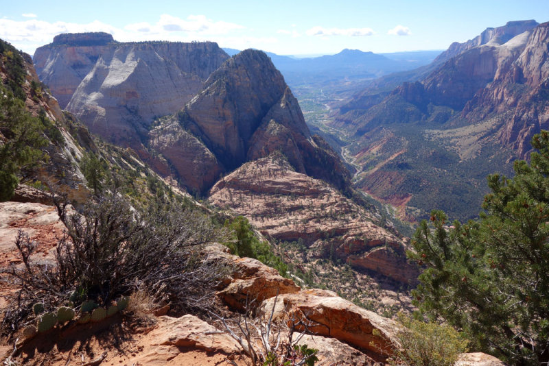 Zion- Looking down into Zion Valley