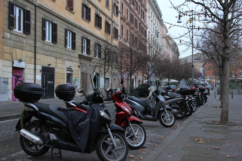 Flew LH to FF, then Rome, trained to Trastevere area. Cabbed to wonderful Hanky Suite (middle bldg).