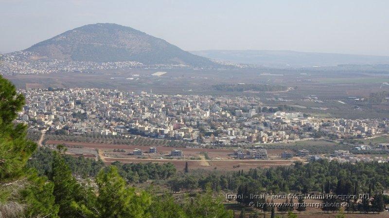 Israel - Iksal - seen from Mount Precipice 001.jpg