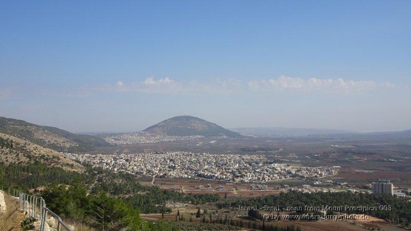 Israel - Iksal - seen from Mount Precipice 003.jpg