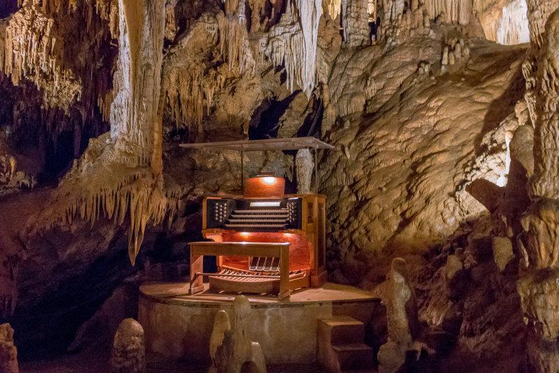 The Great Stalacpipe Organ