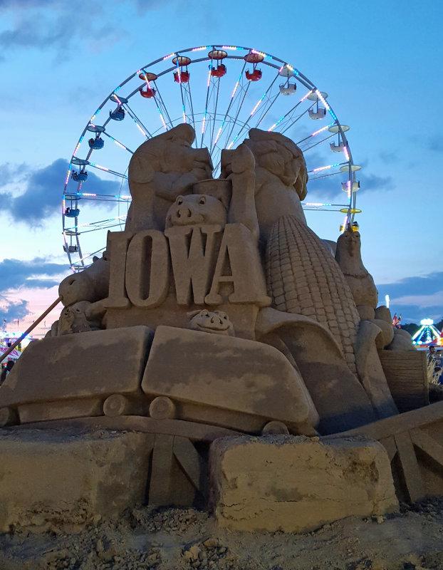 Sand sculpture with ferris wheel