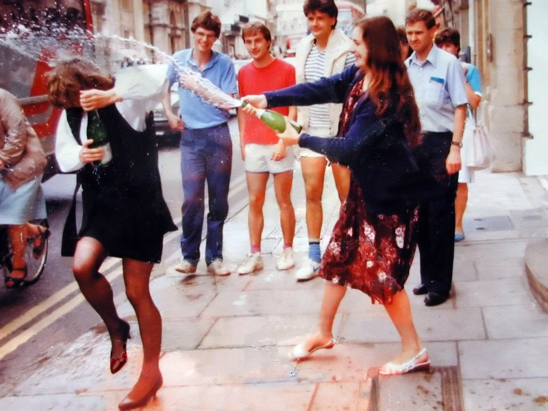 1984 champagne shower High St Oxford