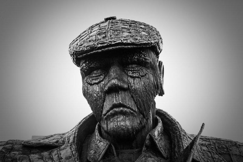 Freddie Gilroy Statue