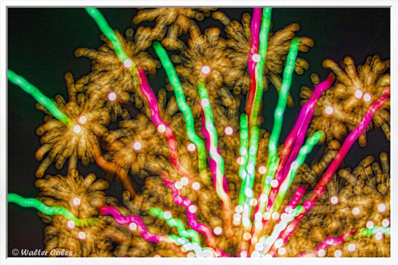 4th July Fireworks 2019 (29) T5 AI Frame 2 w.jpg