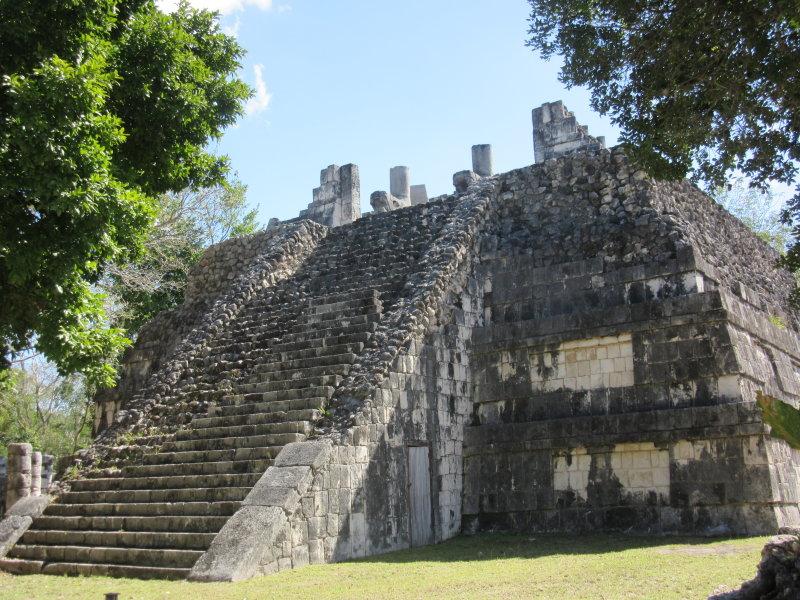 Templo de las Grandes Mesas