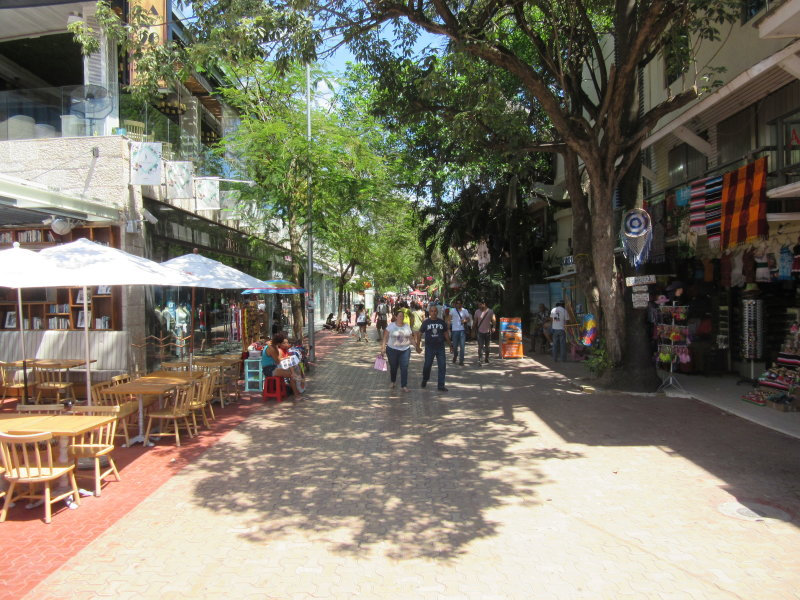 Fifth Avenue - pedestrianised street with...