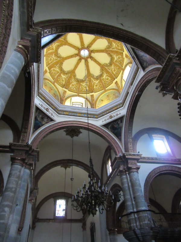 Inside the Catedral