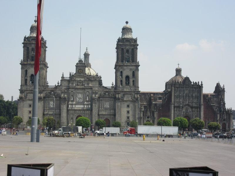 Catedral Metropolitana - started in 1573...