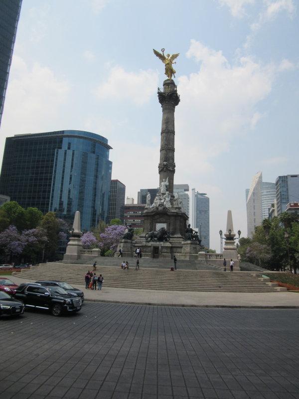Monumento a la Independencia - known as El Angel