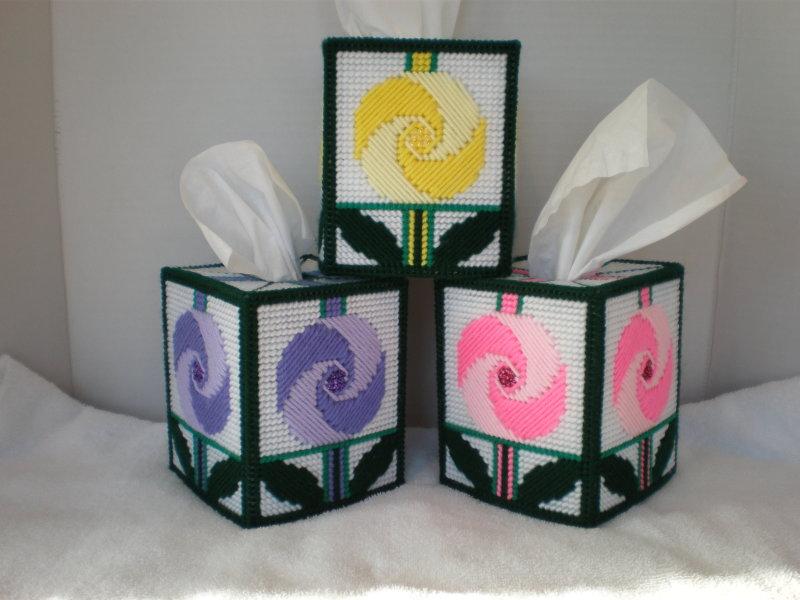 Pinwheel Flower Tissue Box