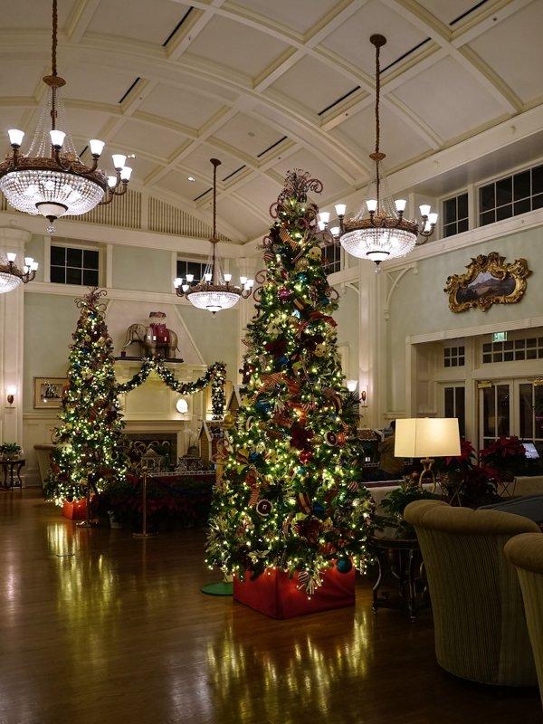 Boardwalk Resort Lobby Christmas