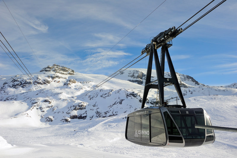 cabin to Plateau Rosa  (3440 m)