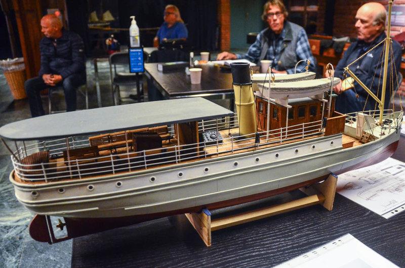 Arve Gudals modell av Juno, målestokk 1/32