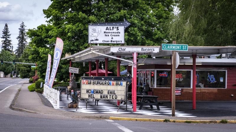 Alfs Ice Cream, Burgers, and Monkey